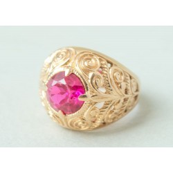 Vintage 14K gold ring with ruby 8.6 gr.