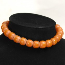 Other amber necklaces